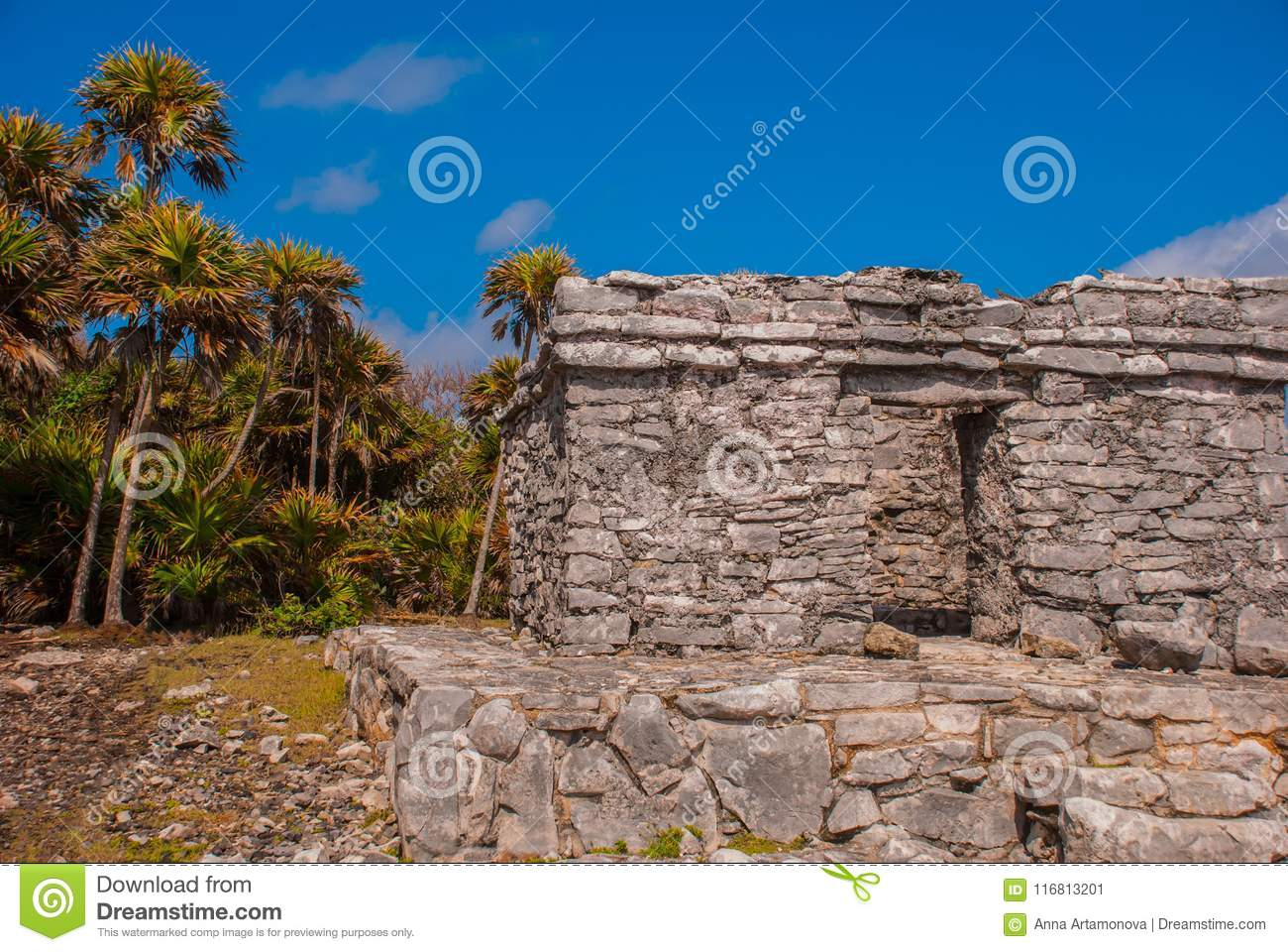 Tulum, Mexico, Yucatan, Riviera Maya: The ruins of the ancient Mayan city archeological site in Tulum