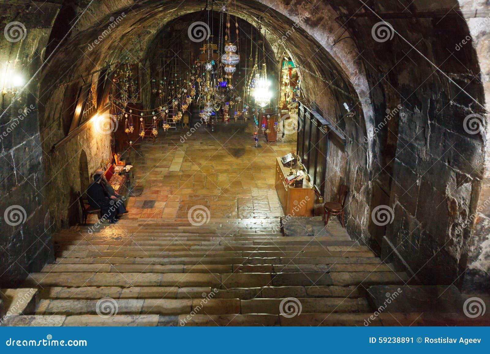Tumba interior de la Virgen María, Kidron Valley, Jerusalén