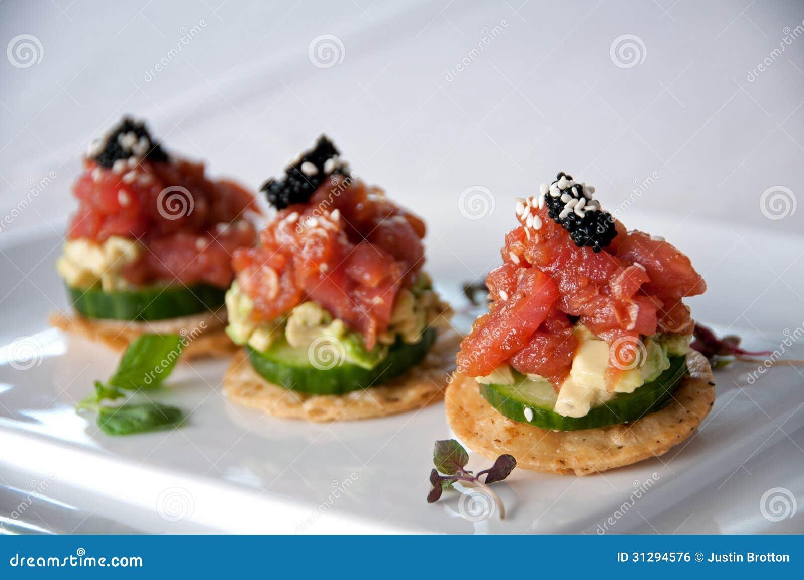 tuna-appetizer-cracker-mustard-caviar-great-31294576.jpg