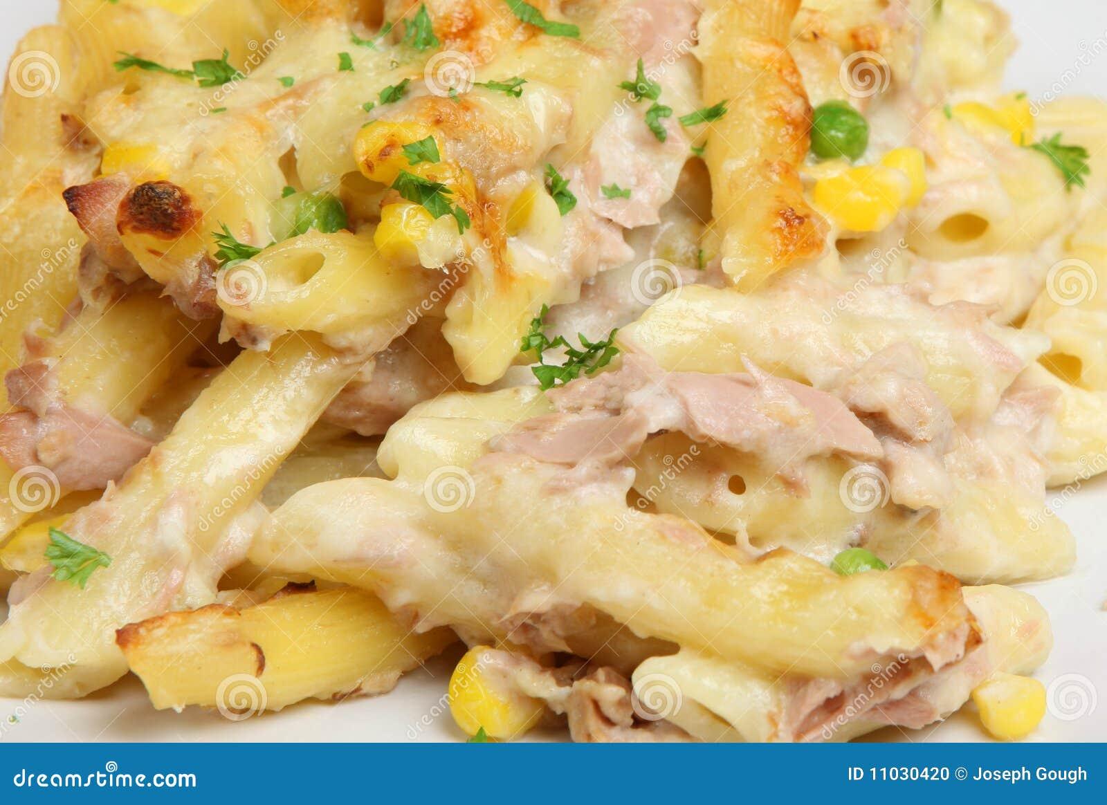 Rigatoni Clip Art Rigatoni pasta baked with tuna