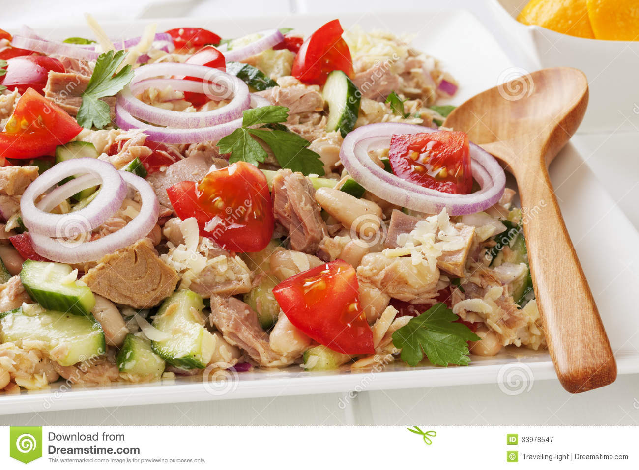 Tuna Pasta Salad With Lemon, Green Olives, And Cucumbers ...