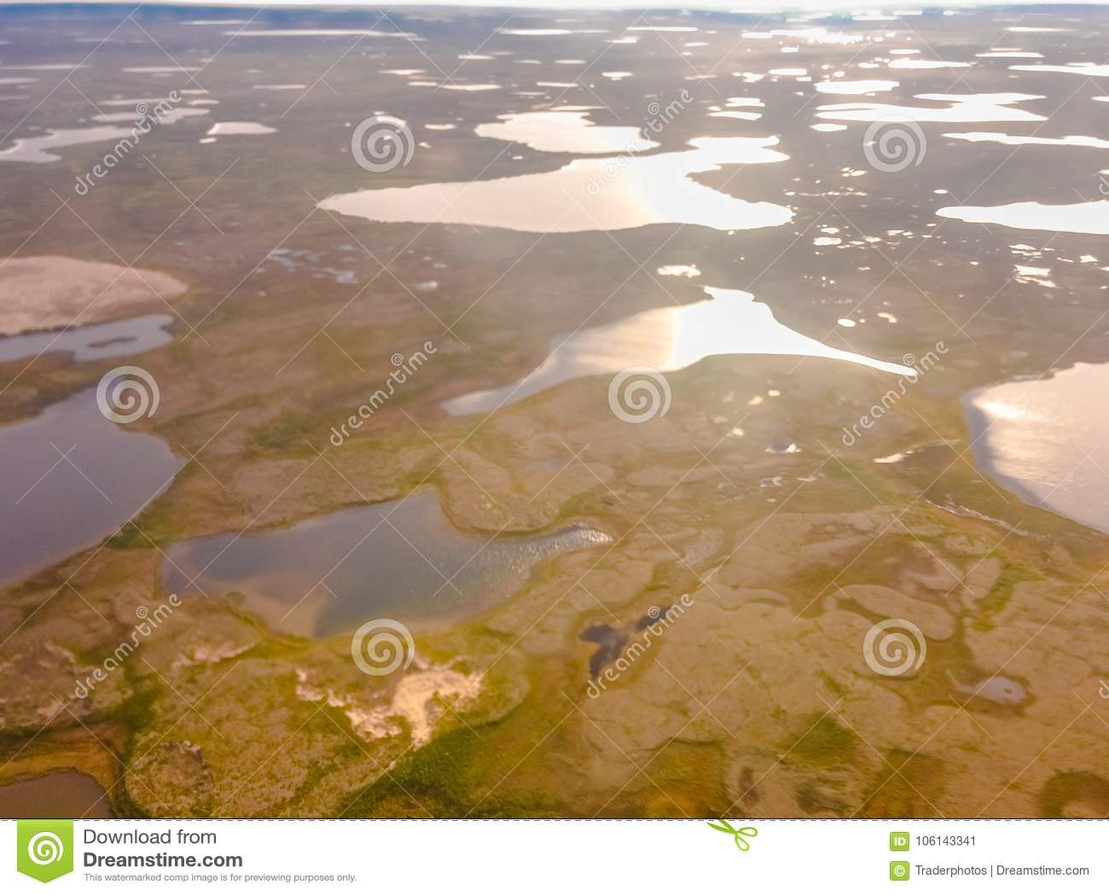 Tundra Mening van de helikopter van een hoogte