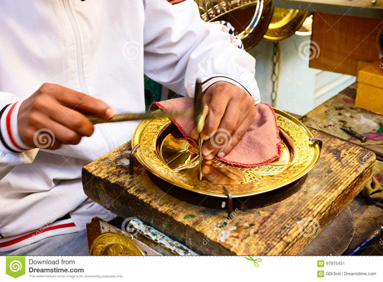 Tunis Medina Artisan, Golden Metalworking, Tunisia