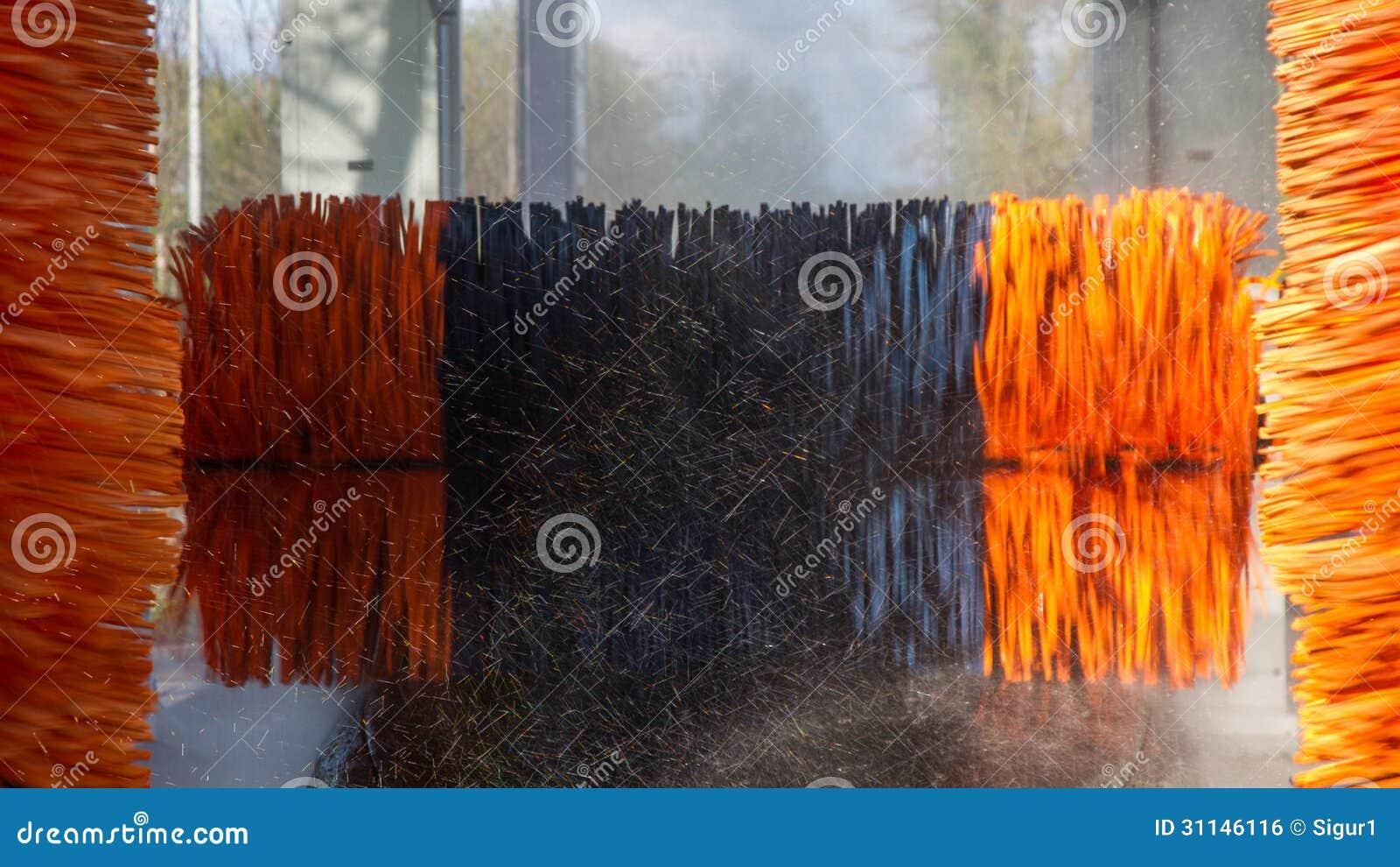 Foam Spray Car Wash >> Tunnel Car Wash Machine Royalty Free Stock Image - Image: 31146116
