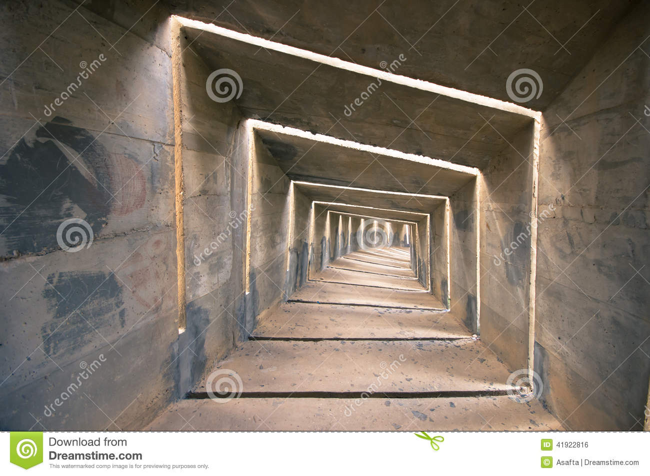 Tunnel concret