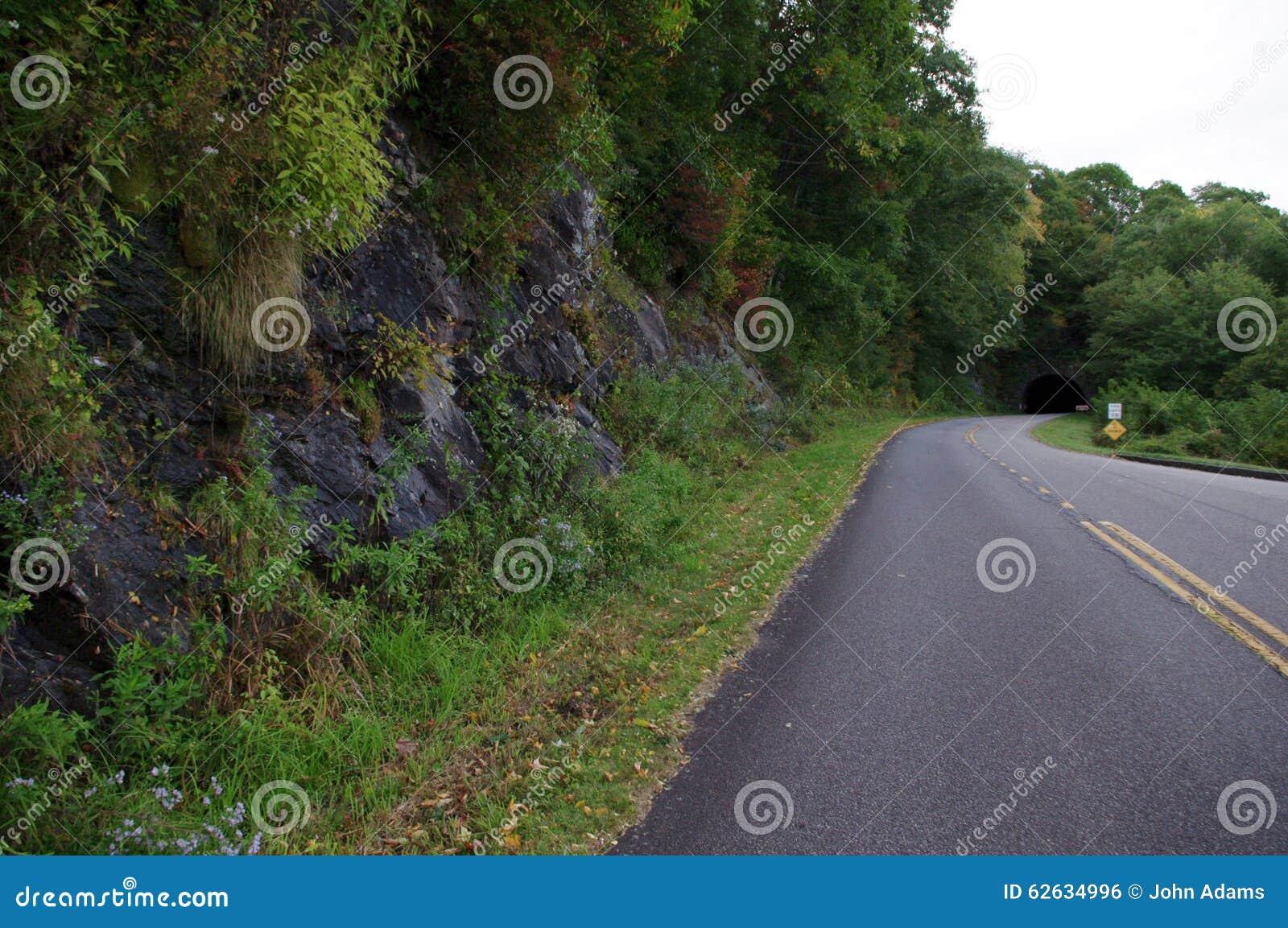 Tunnel de montagne