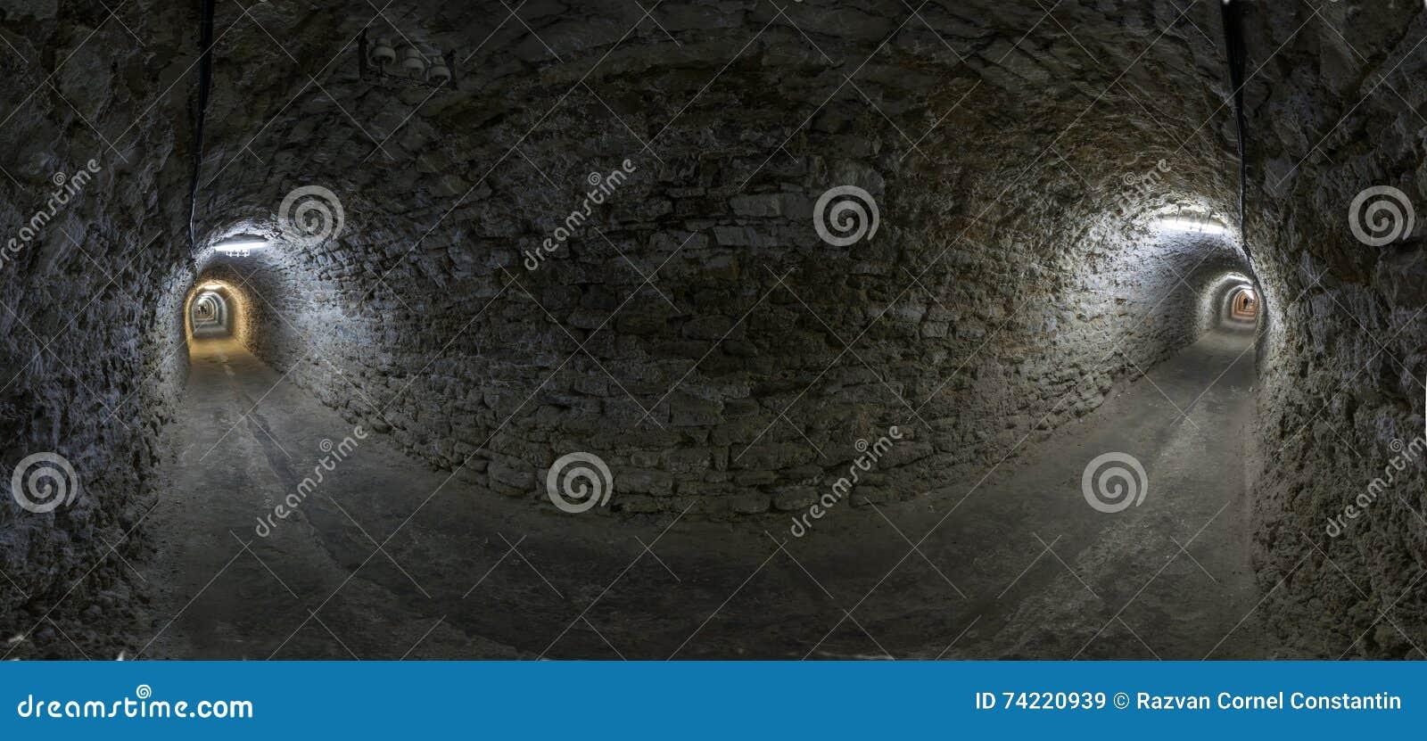 Tunnel panorama