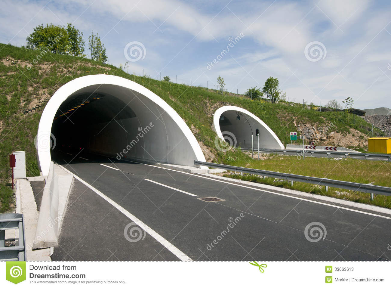 Tunnels on four lane highway