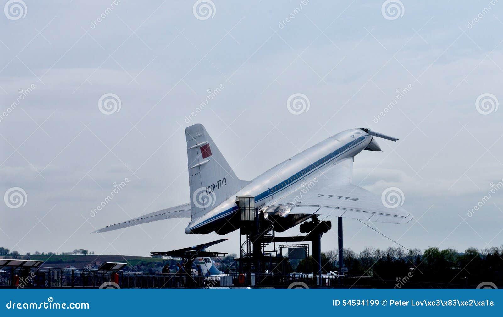 Tupolev supersónico TU-144 de los aviones
