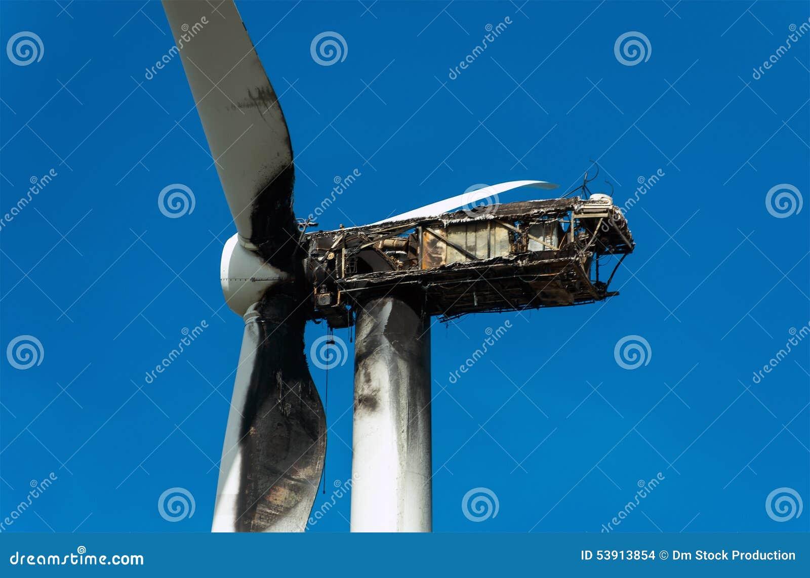 Turbina de viento quemada