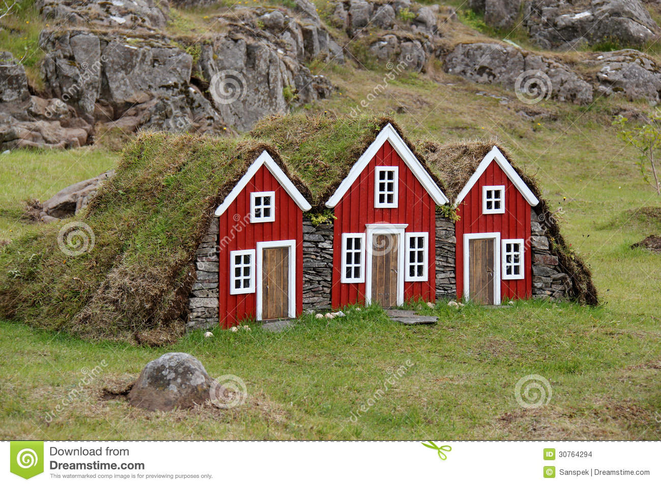Turf house for elf in iceland stock photo image 30764294 for Decorative home