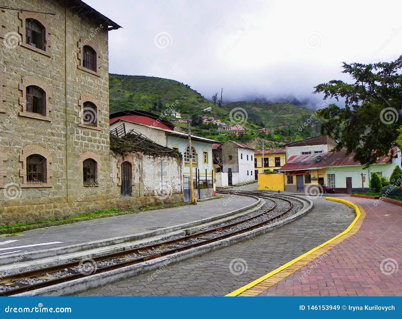 Turist- j?rnv?g i Alausi till Nariz del Diablo, Ecuador