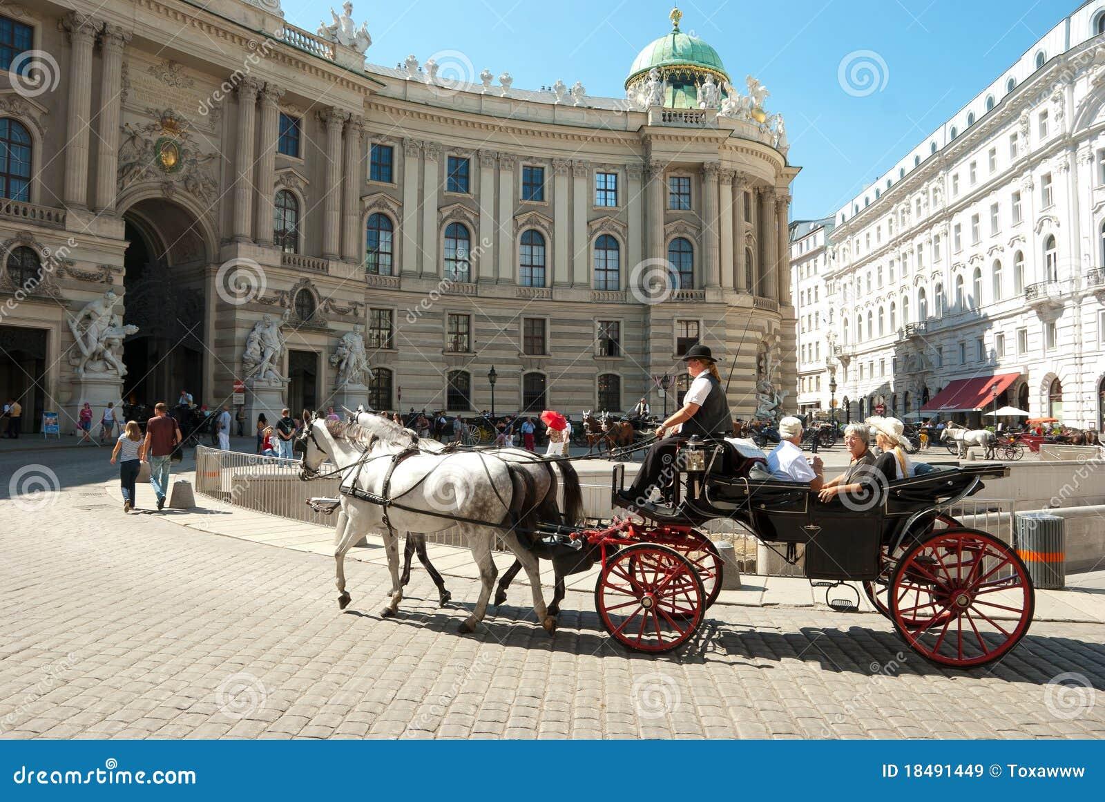 Turistas em Viena