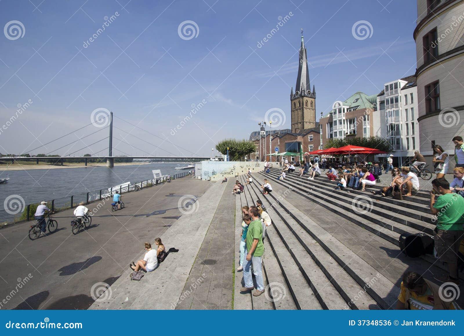 Turister i Dusseldorf