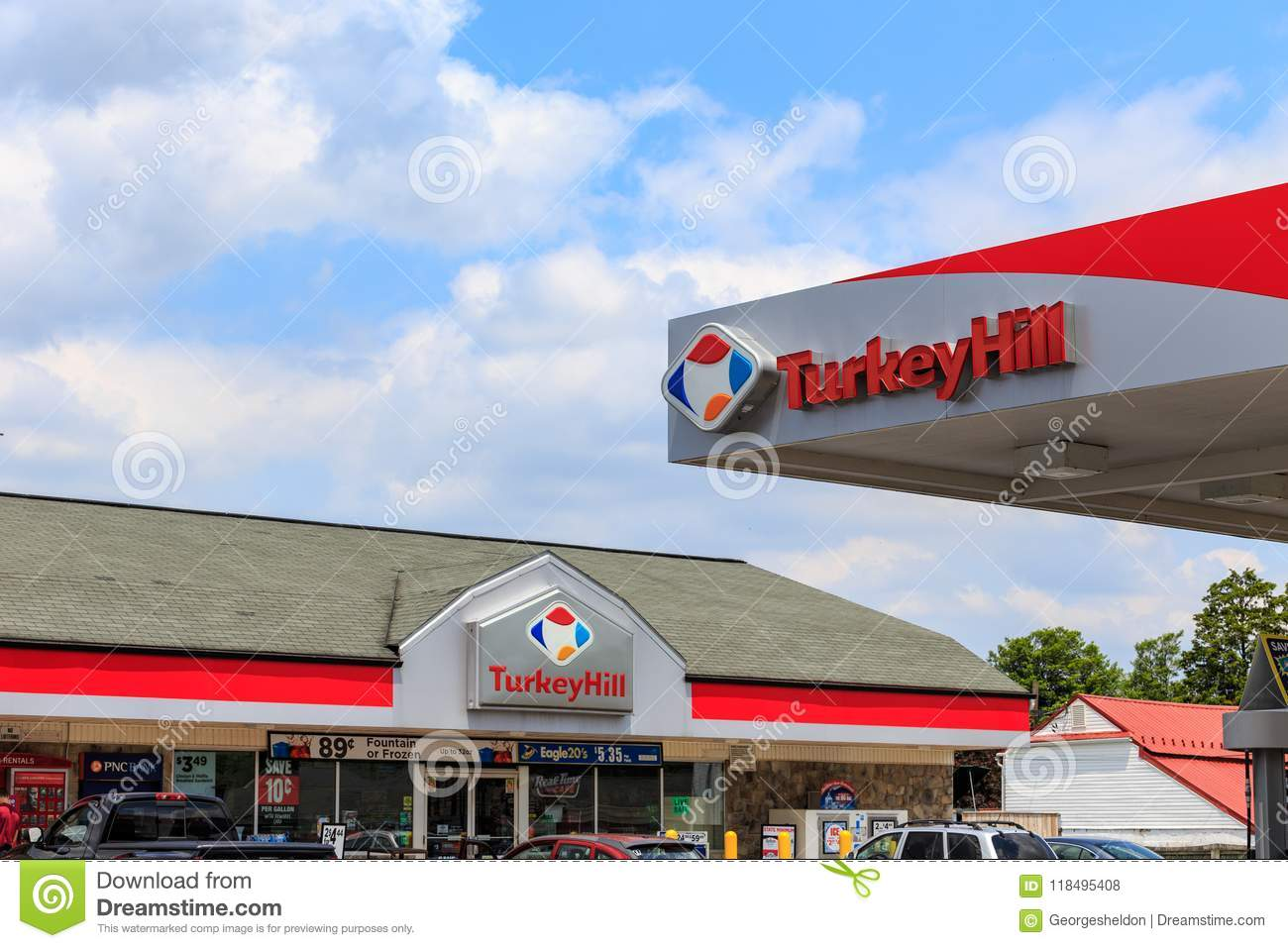 The Turkey Hill Minit Markets Store Signs
