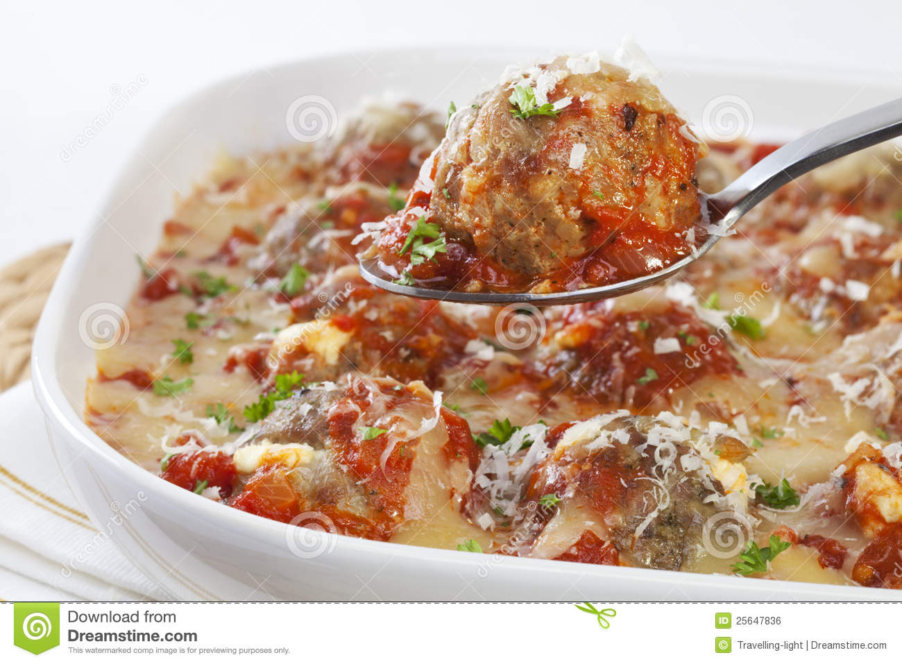 Turkey Meatballs with Tomato Sauce and Cheese