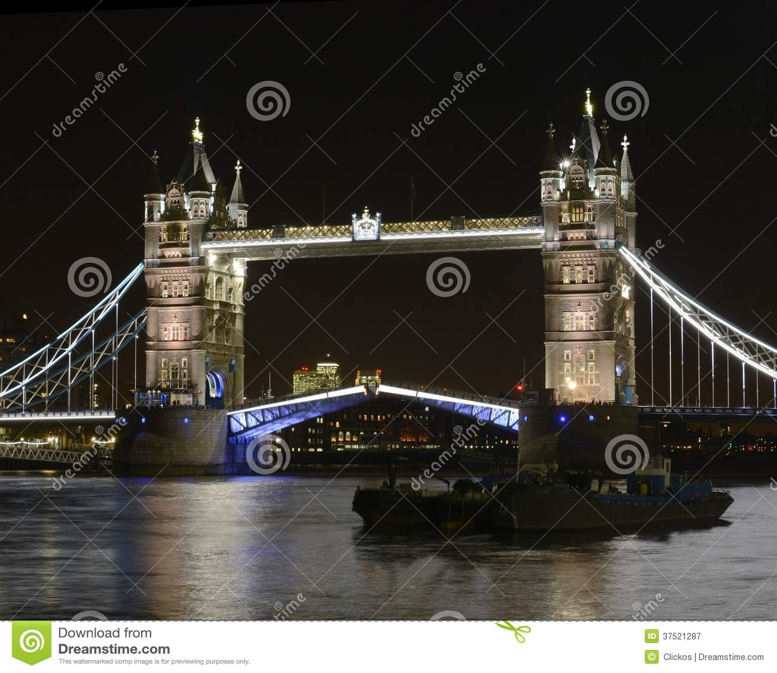 Turm-Brücke nachts. London. England