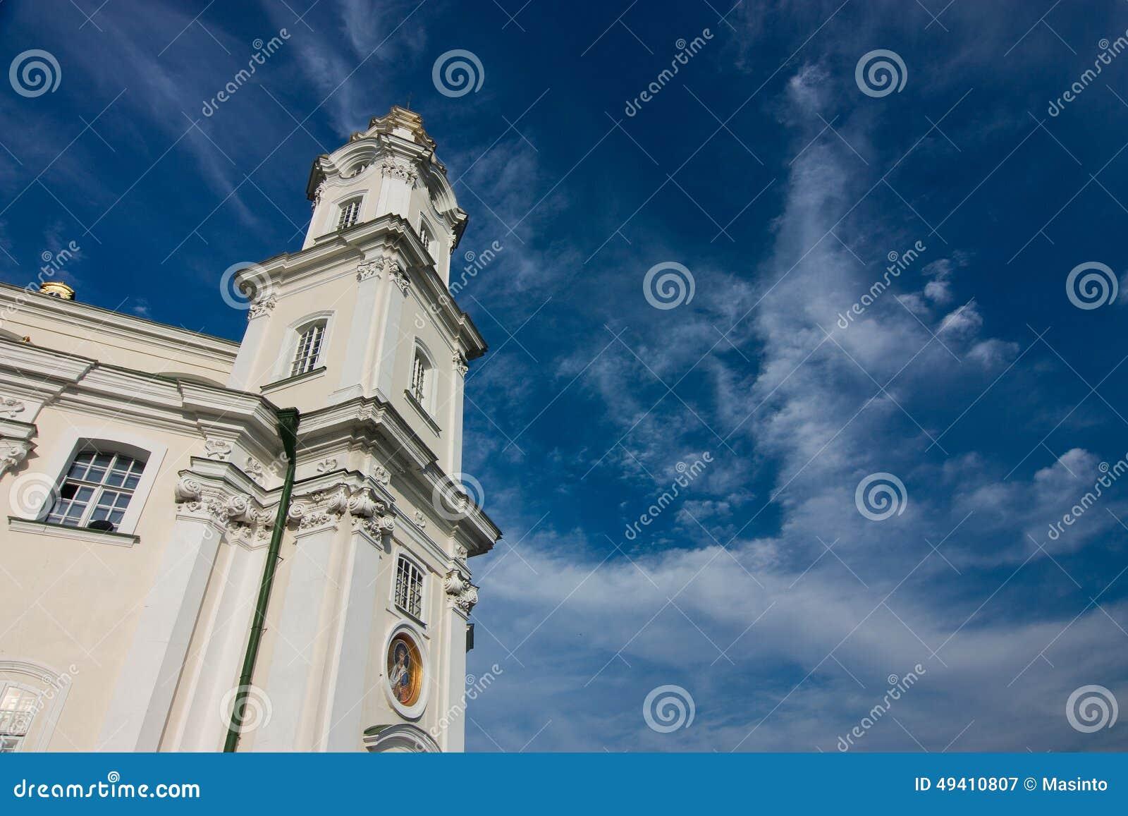 Download Turm des Tempels stockbild. Bild von monastery, himmel - 49410807