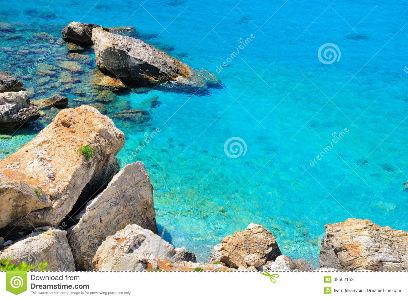 Turquoise sea and rocky cliffs, Greece
