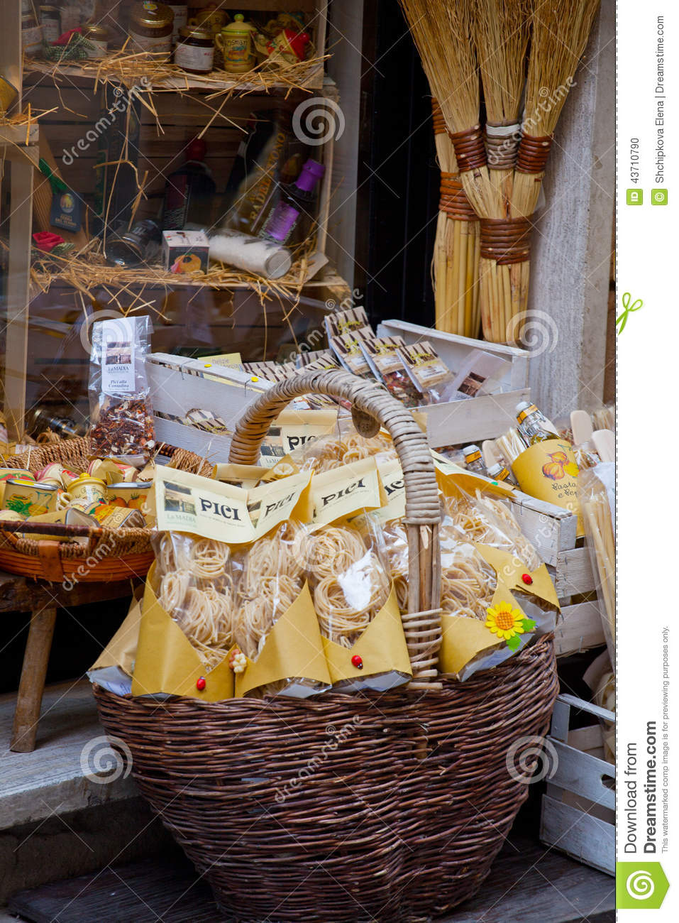 Tuscan souvenirs for tourists