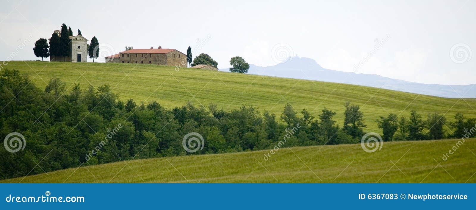TUSCANY countryside,little farm