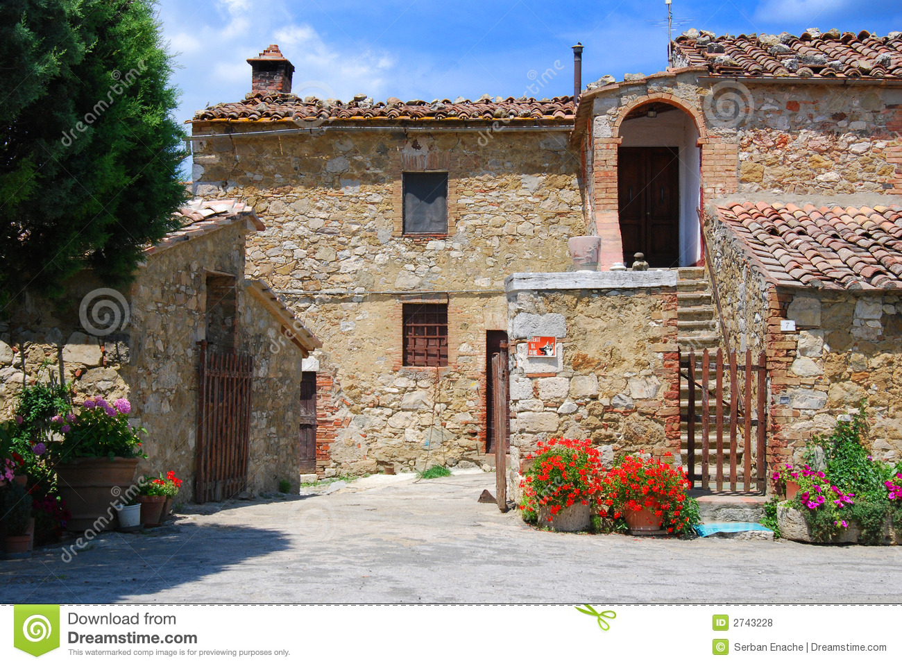 Tuscany house stock photo image of italy building for Tuscany houses