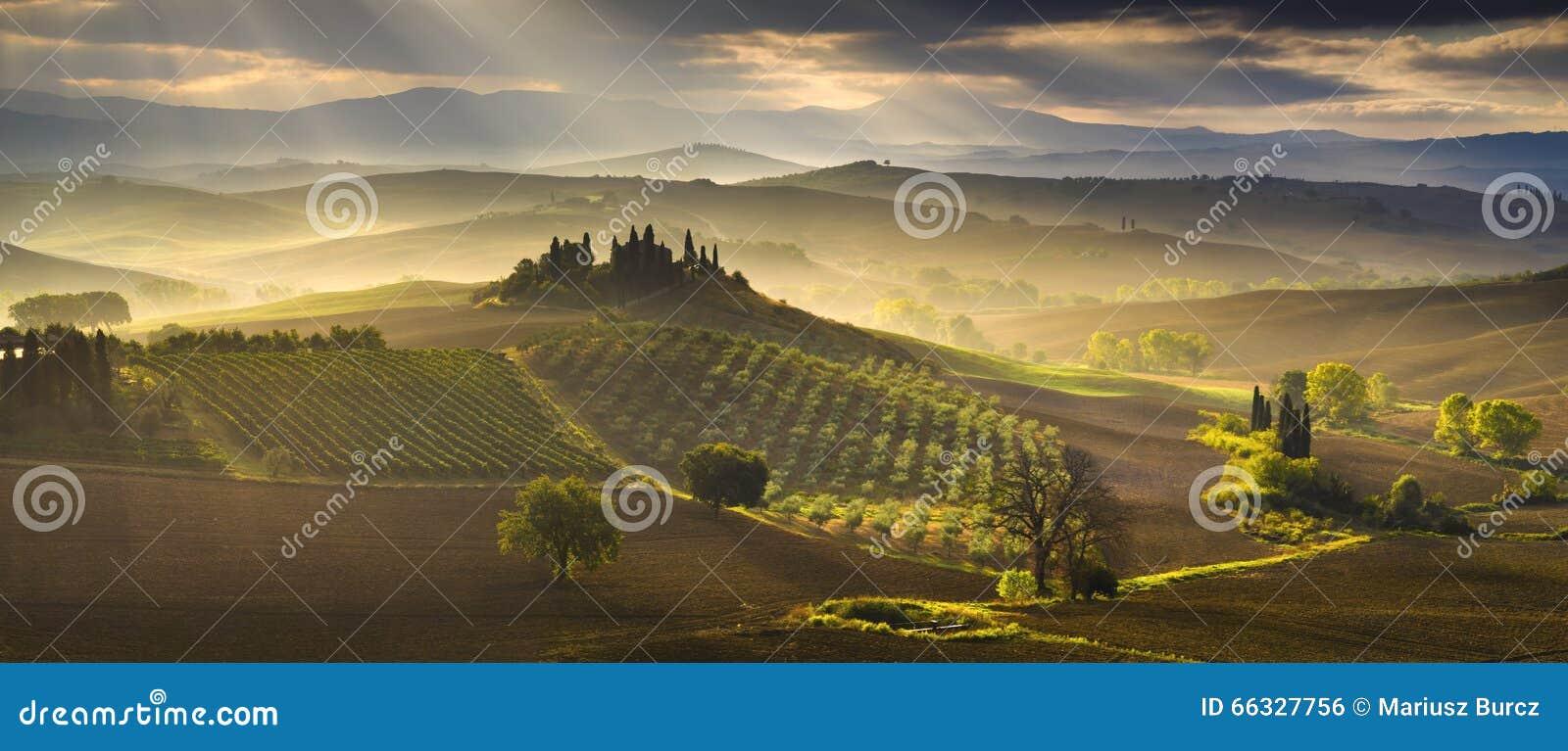Tuscany Kształtuje teren, jesieni pole, Włochy, Val, d, Orcia