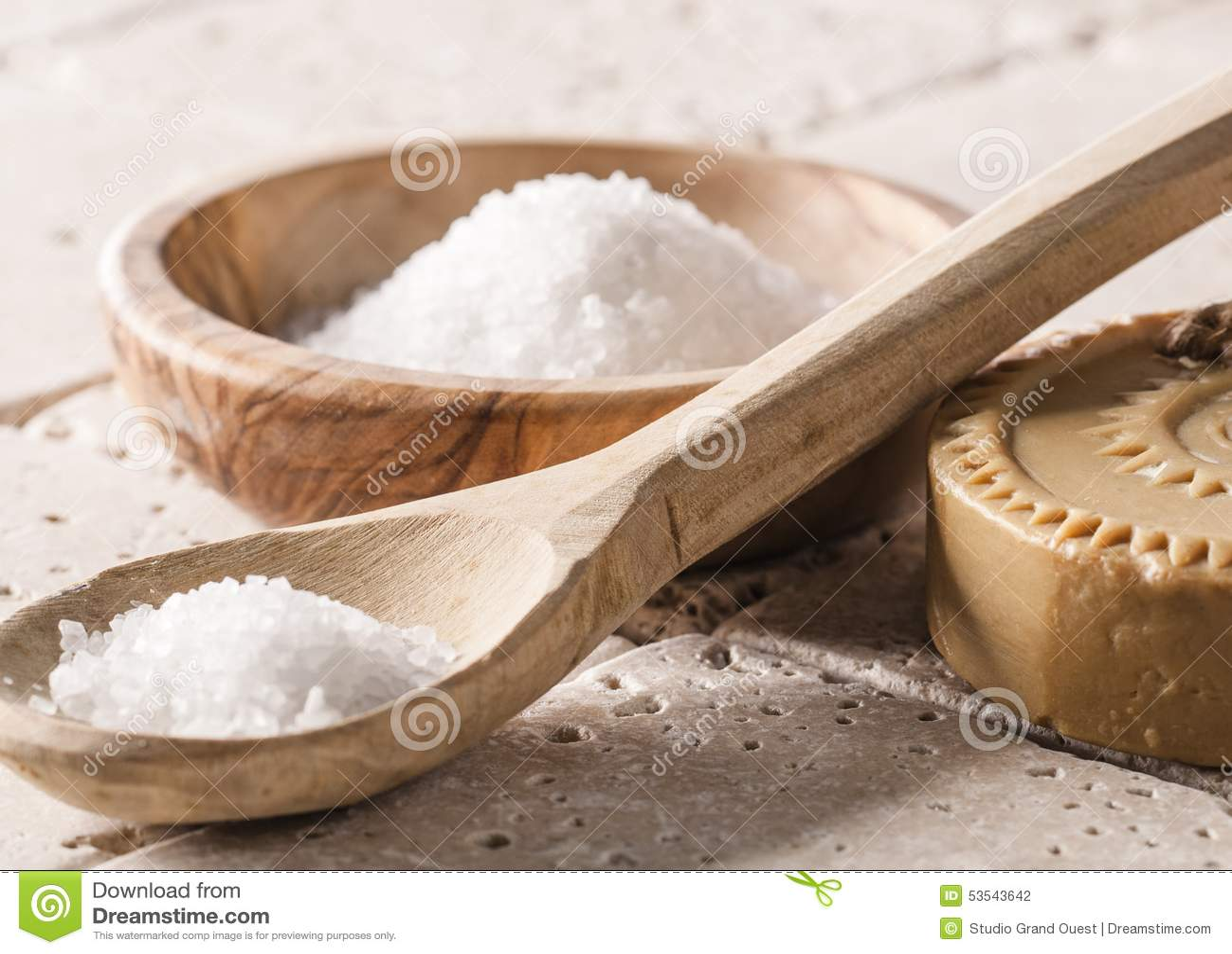 Tvätt upp och hydratisera hud för rogivande och avslappnande kropp