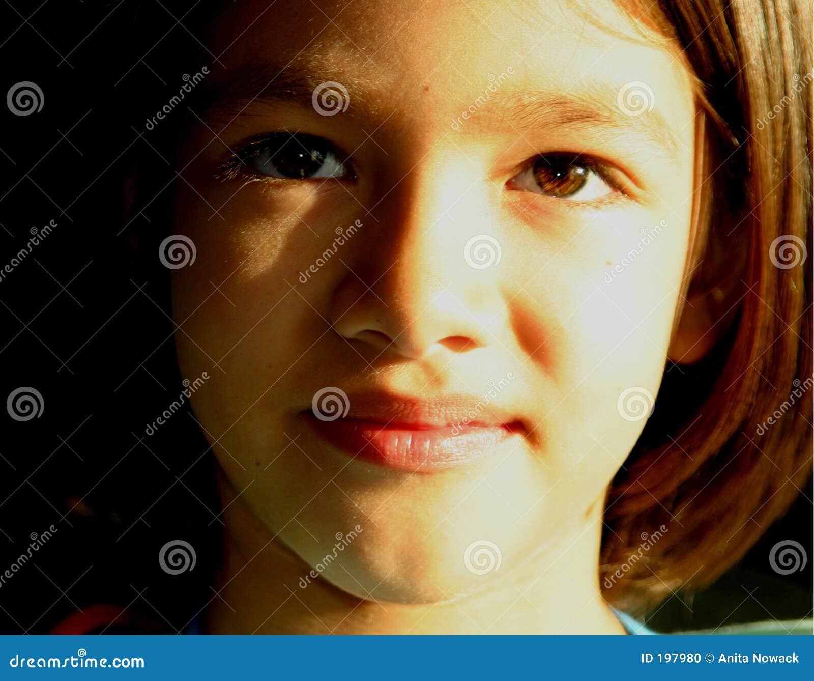Twarz dziewczyny horyzontu s young