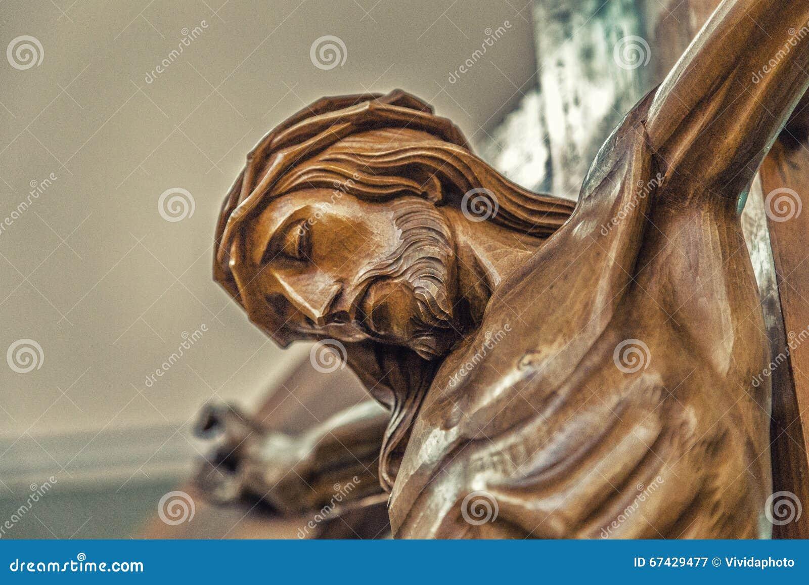 Twarz jezus chrystus z koroną ciernie