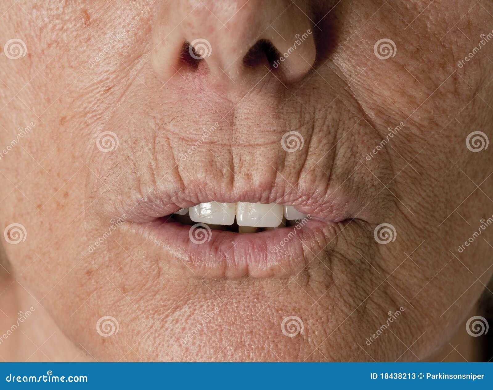 Twarzy damy starsi skóry zmarszczenia