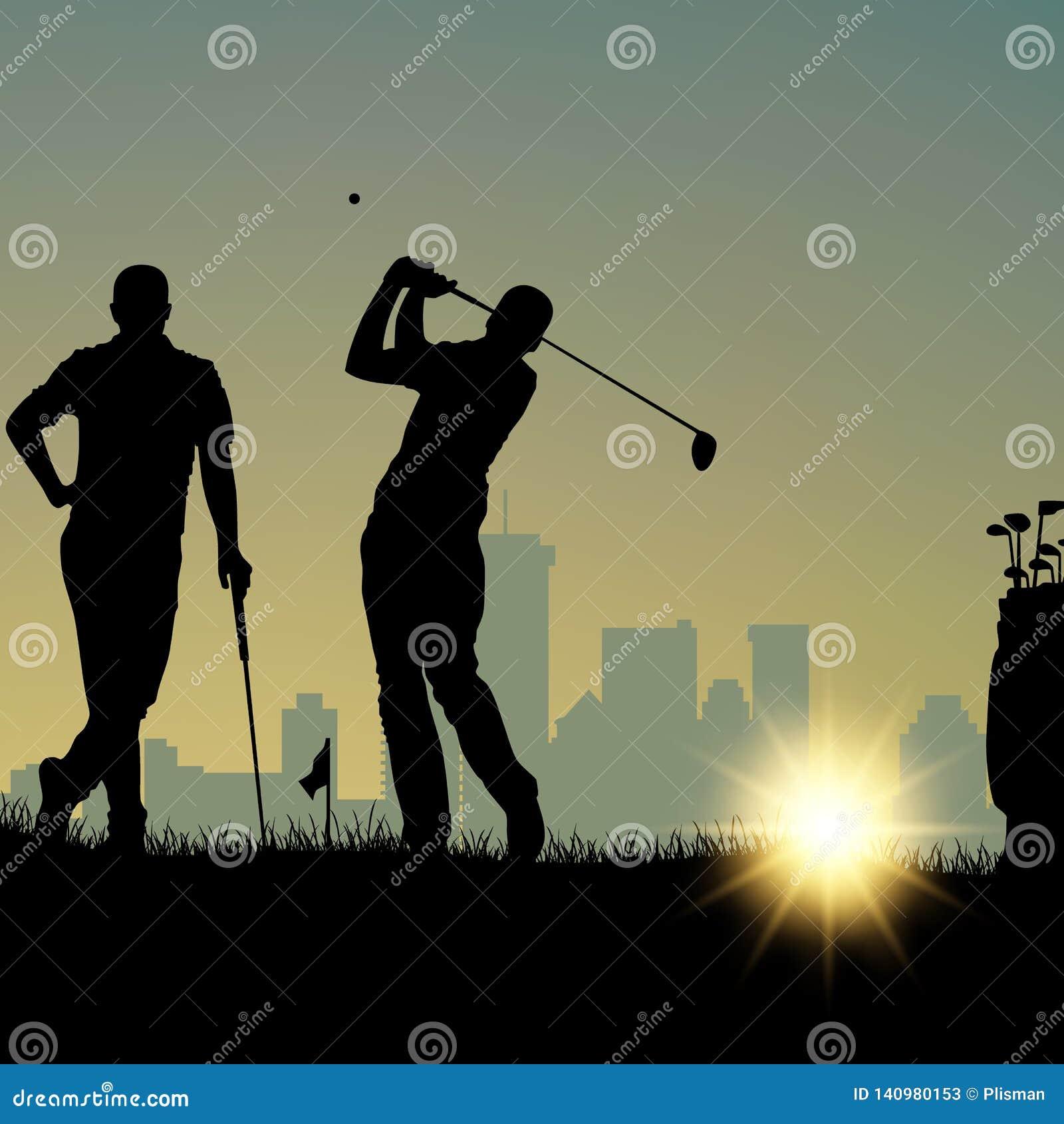 Twee golfspelers silhouetteren het spelen op de speelplaats en in stad