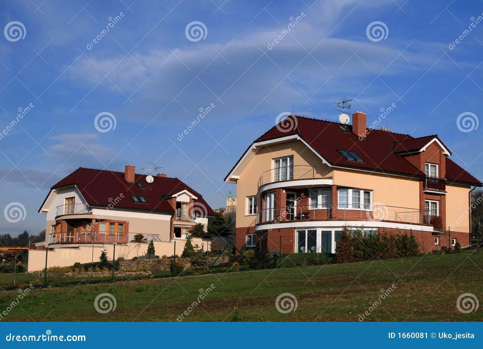 Twee huizen van de Familie