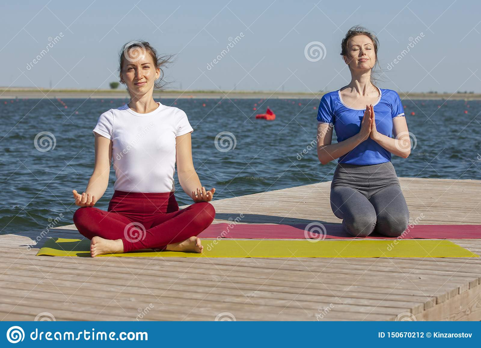 Sport, Fitness, Mensen En Levensstijlconcept - Sluit