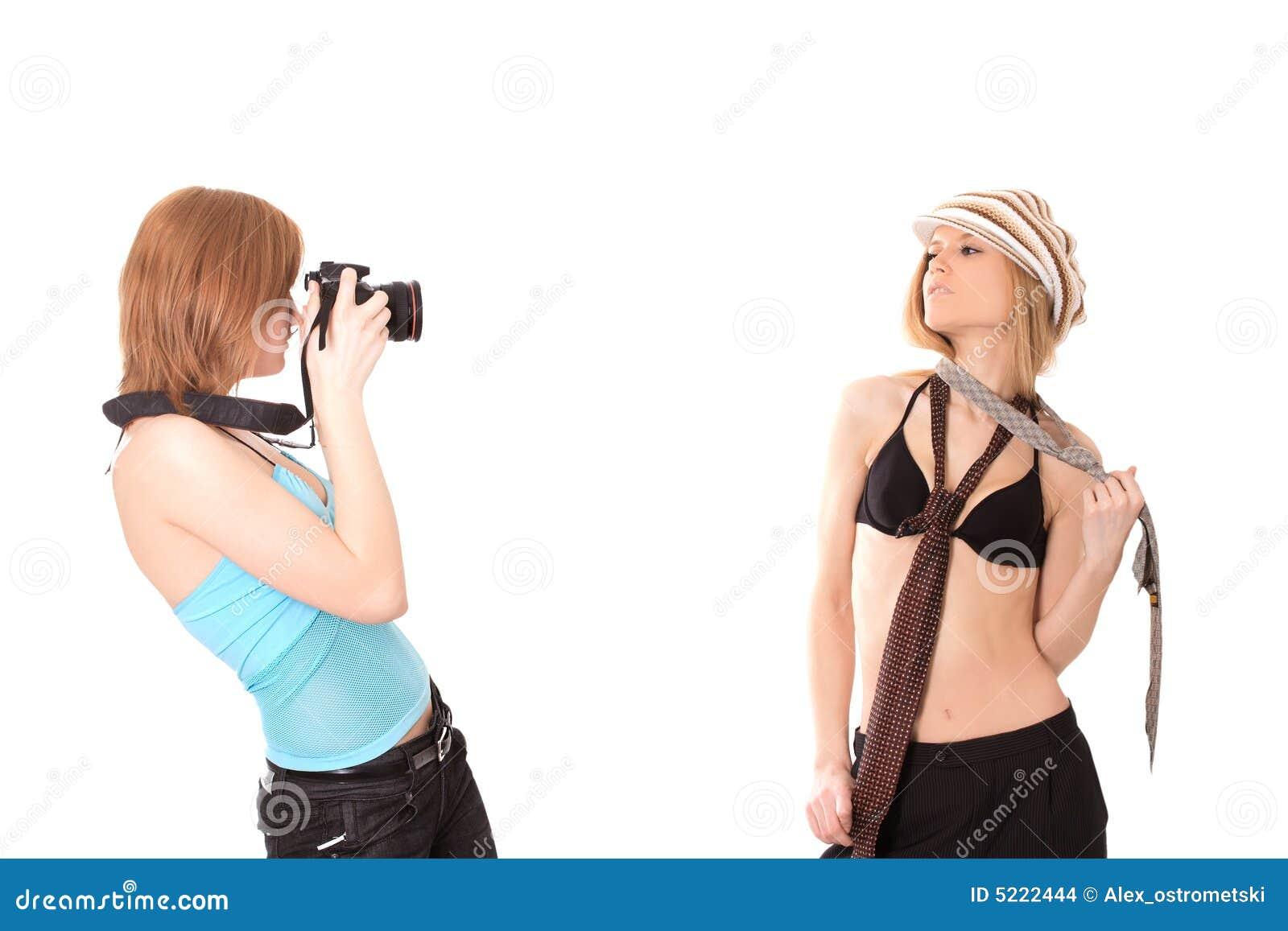 Twee meisjes die pret hebben