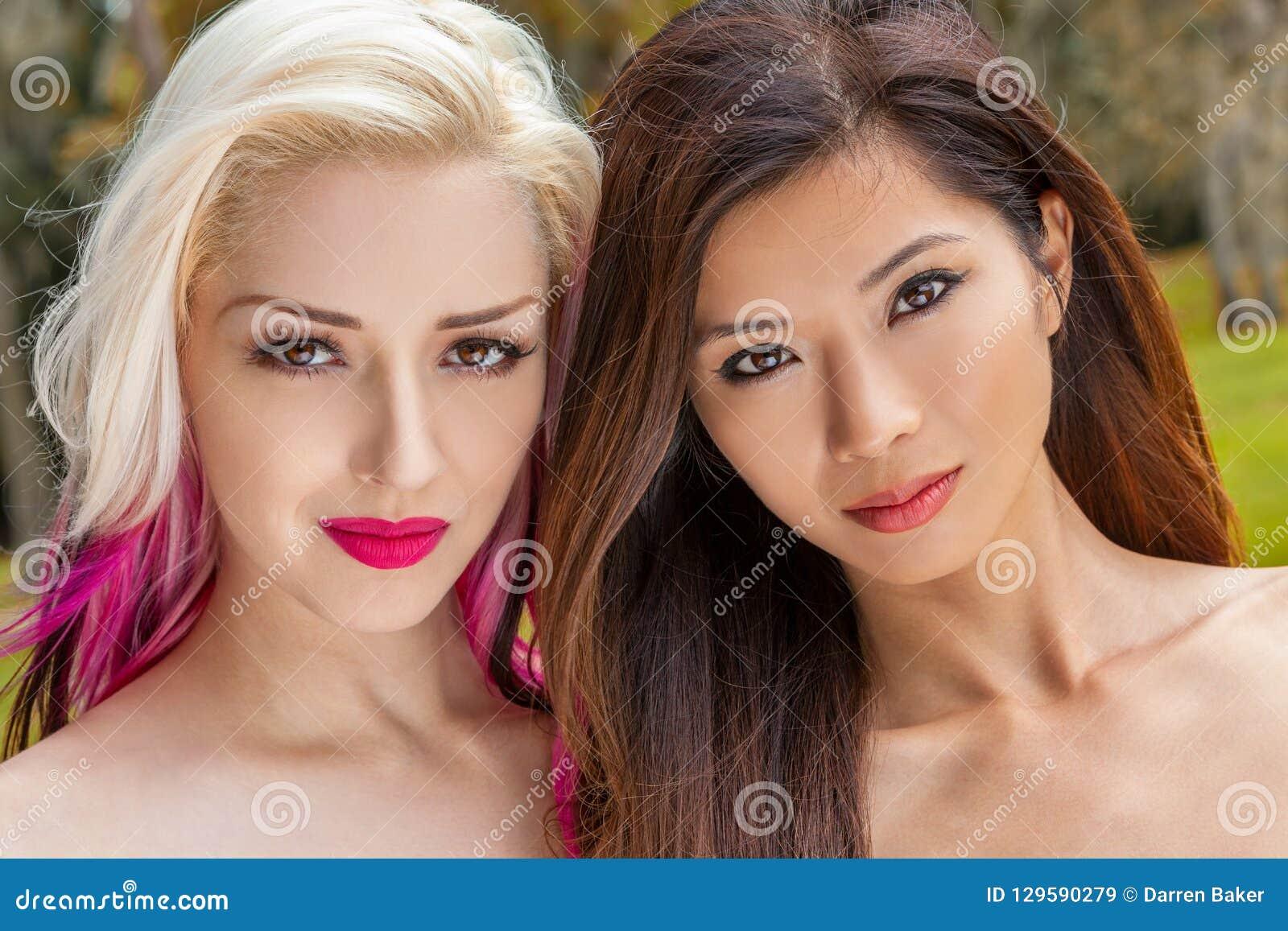 Een blondine voor twee