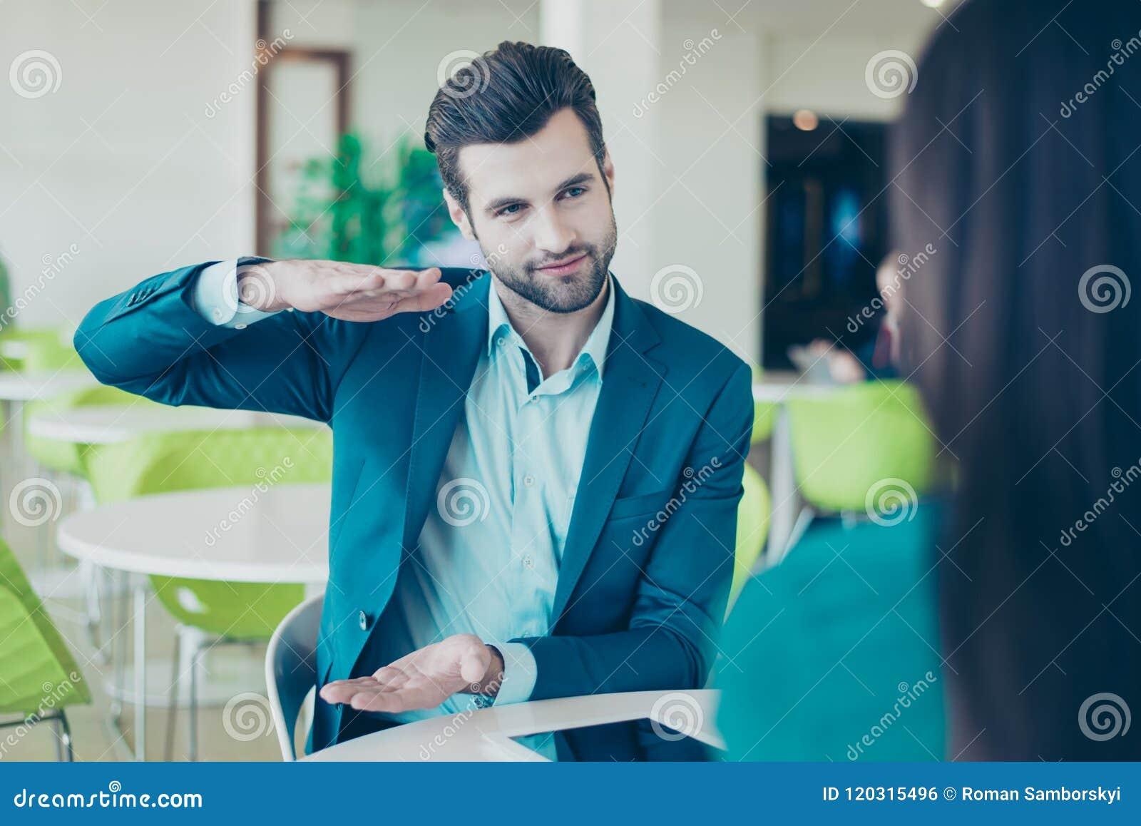 Twee partners die een vergadering in een restaurant hebben Zaken