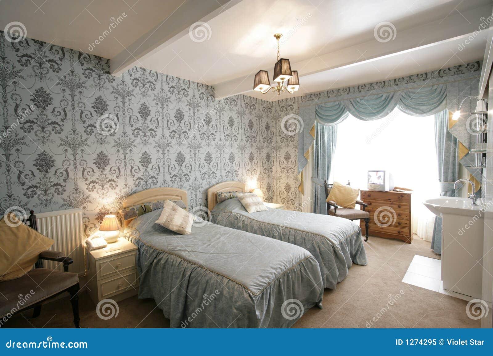 Tweeling slaapkamer stock afbeelding afbeelding bestaande uit hotel 1274295 - Foto van volwassen slaapkamer ...