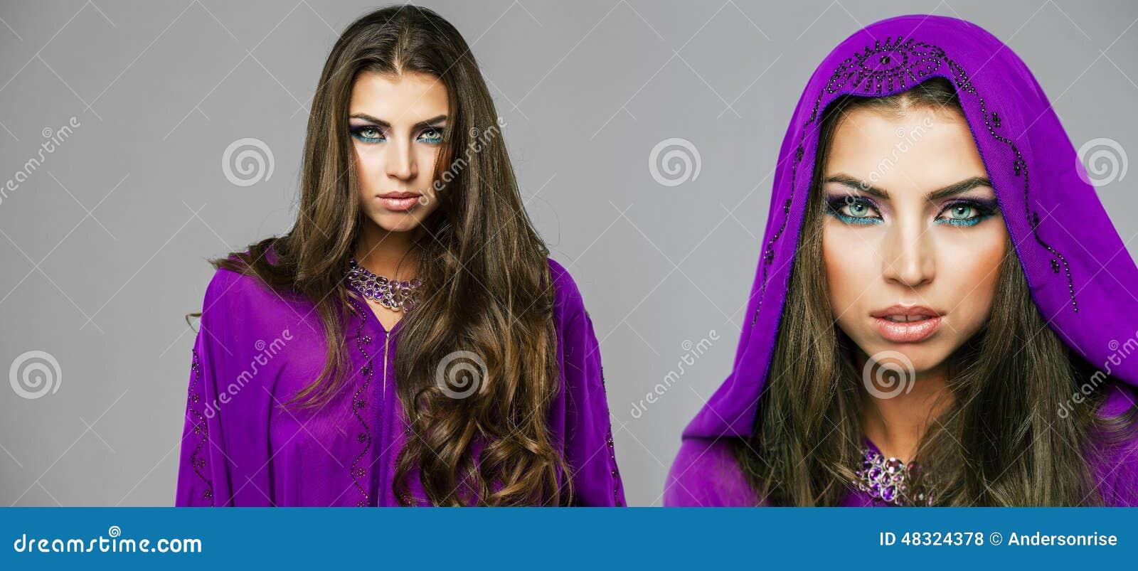 Sexy Two Women Arab 91