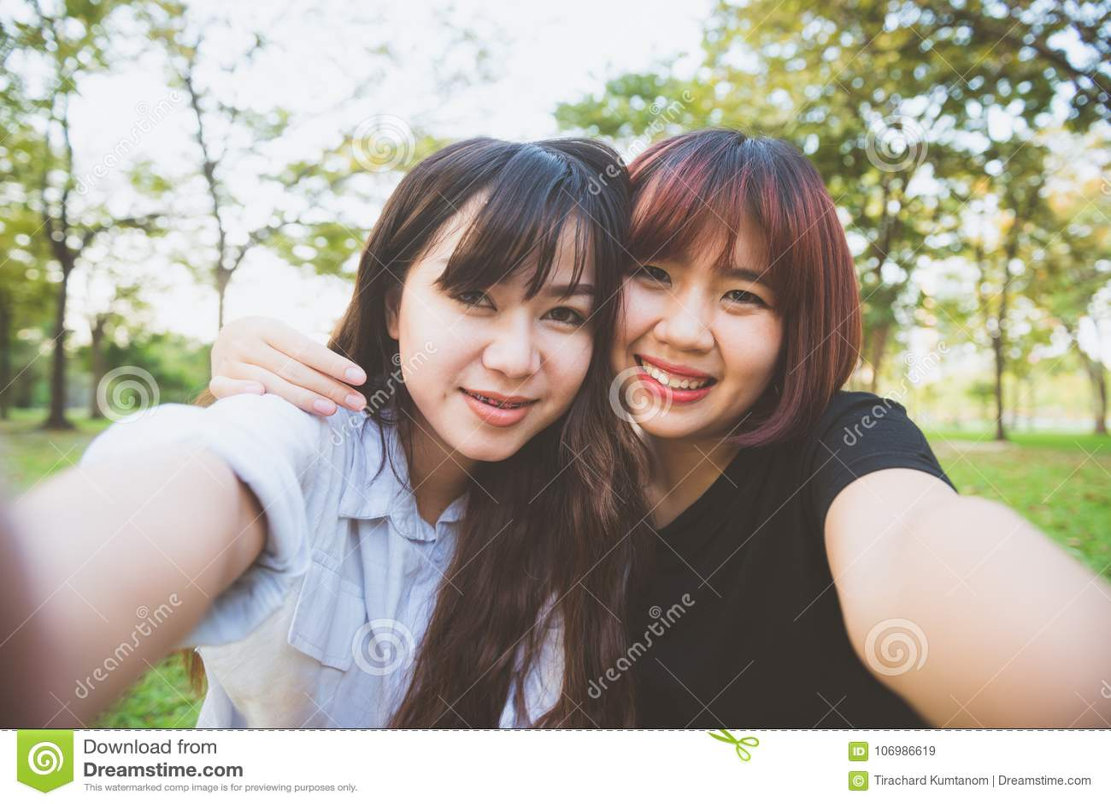 College Lesbian Best Friends
