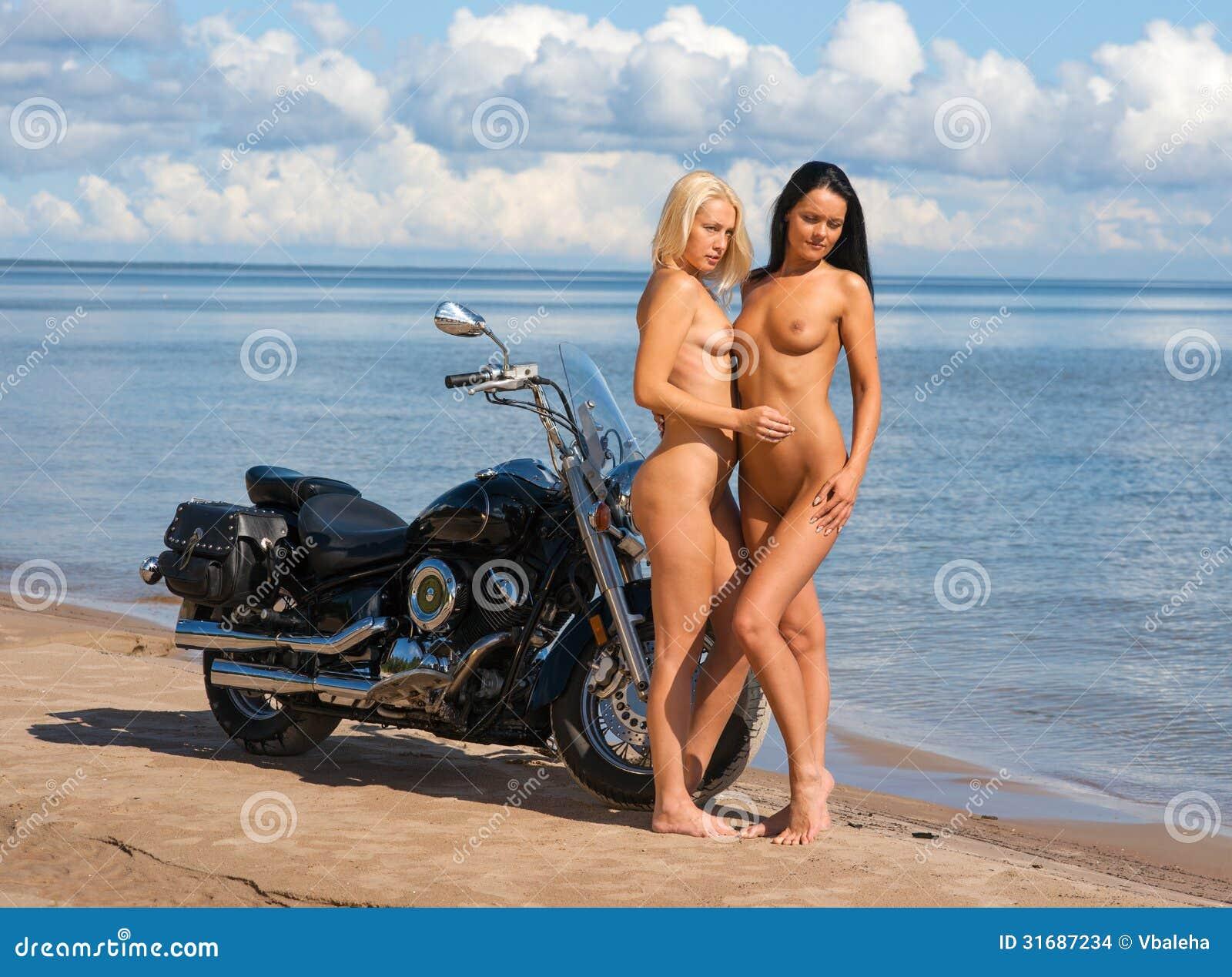 Fantasy nude women on motorbikes pornos photos