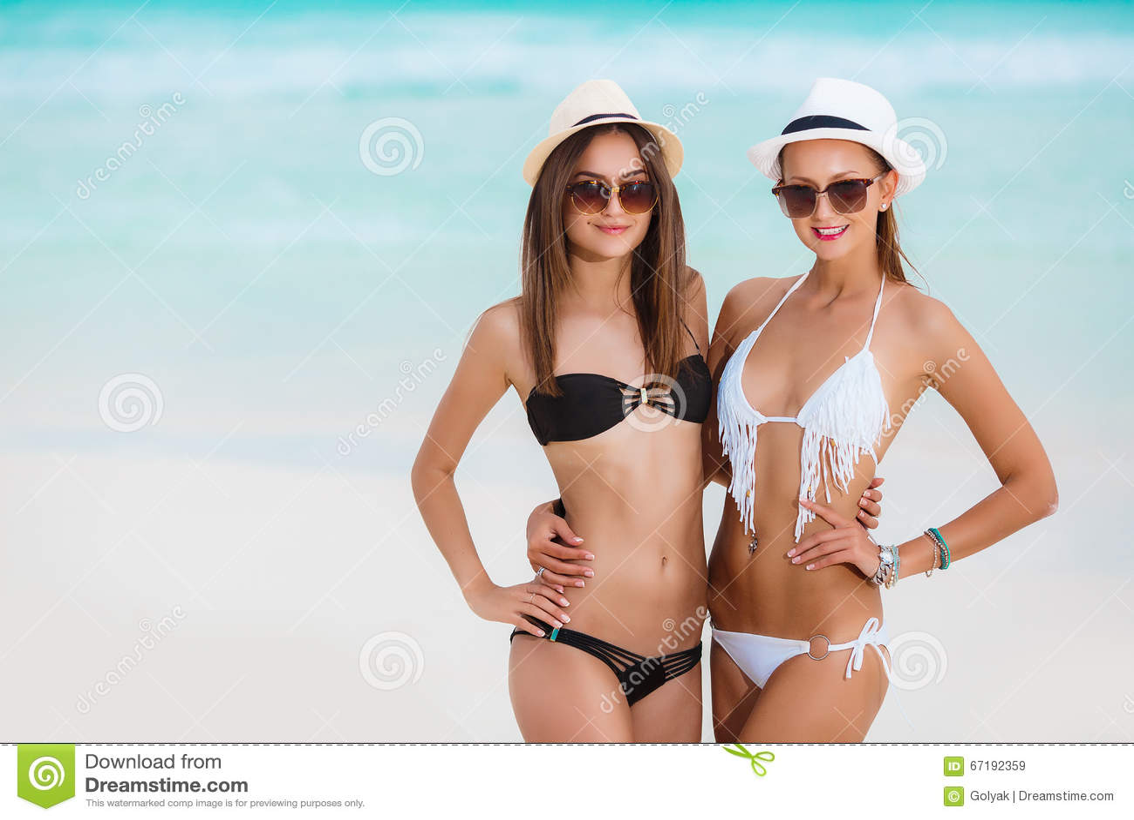 Fashionable glasses for women