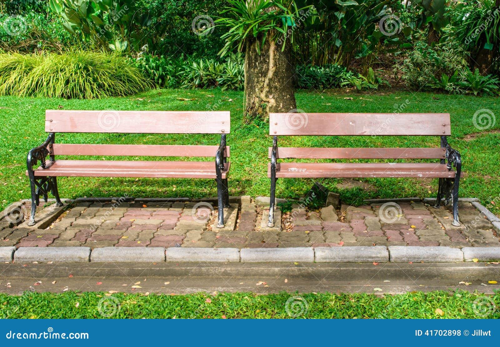 Park Bench Green Paint