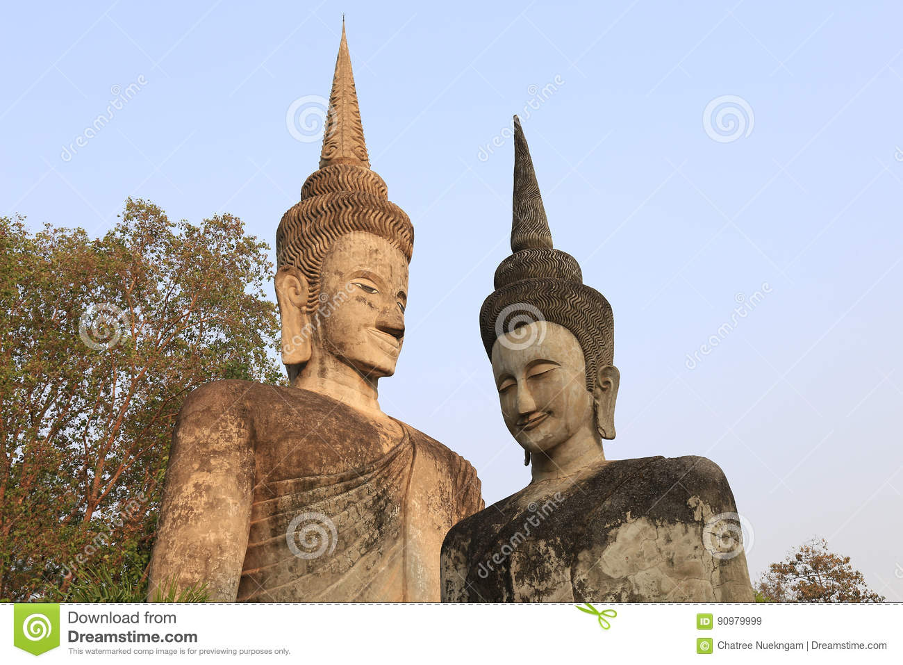 The Two buddha sculpture