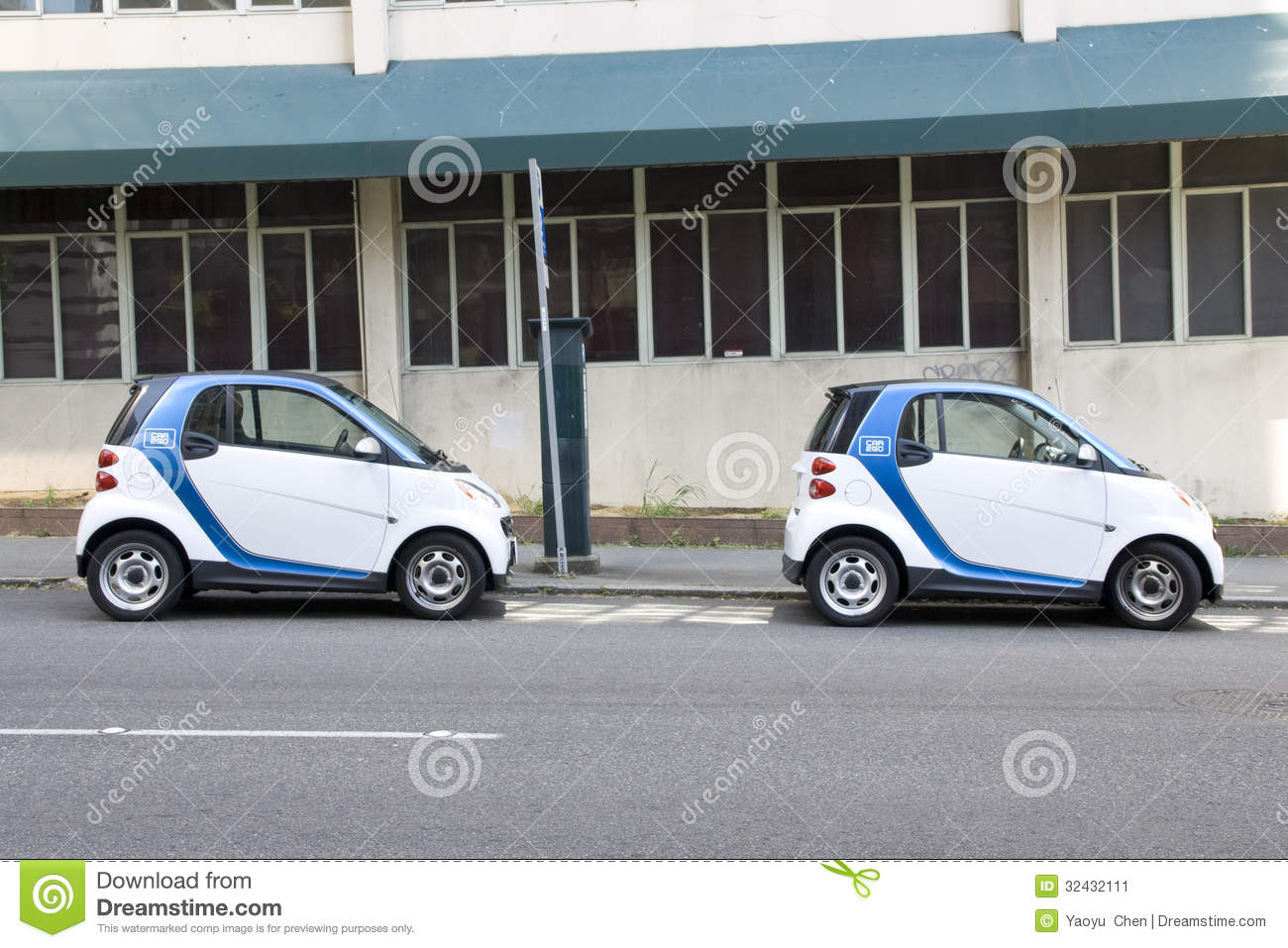 Car To Go Seattle >> Two Car2go Small Electronic Rental Cars Editorial Photo