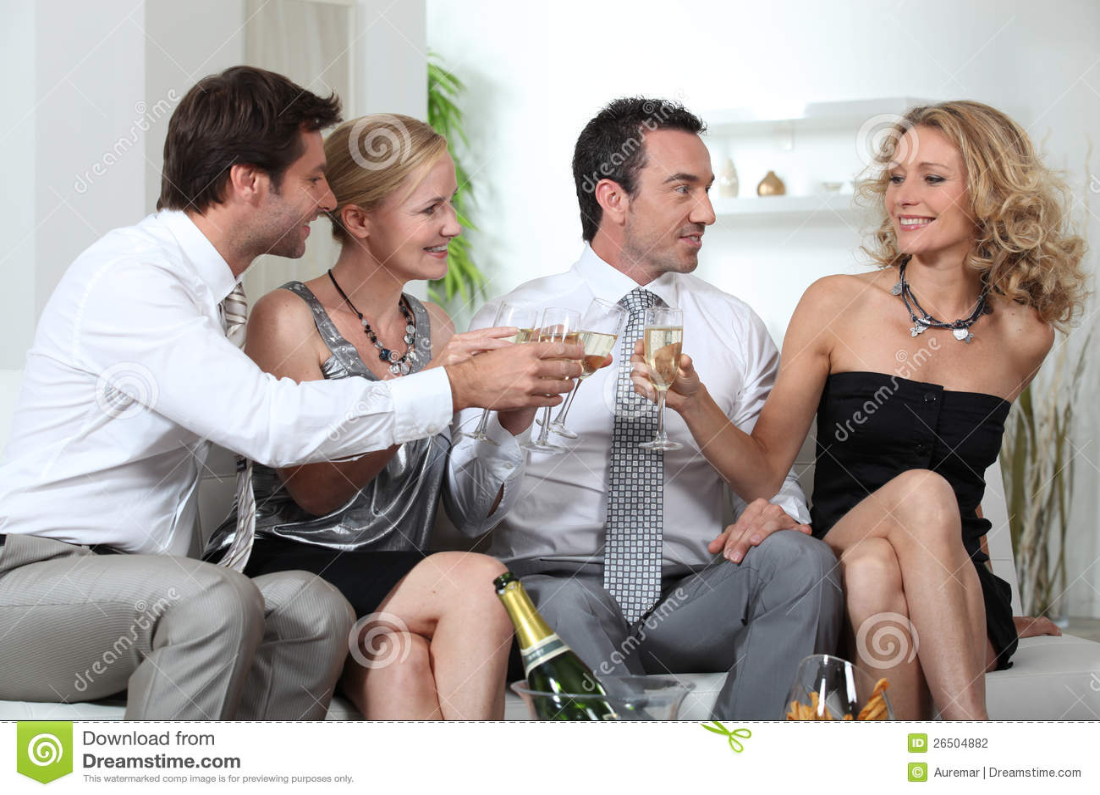 Семейная пара би петербург 4 фотография