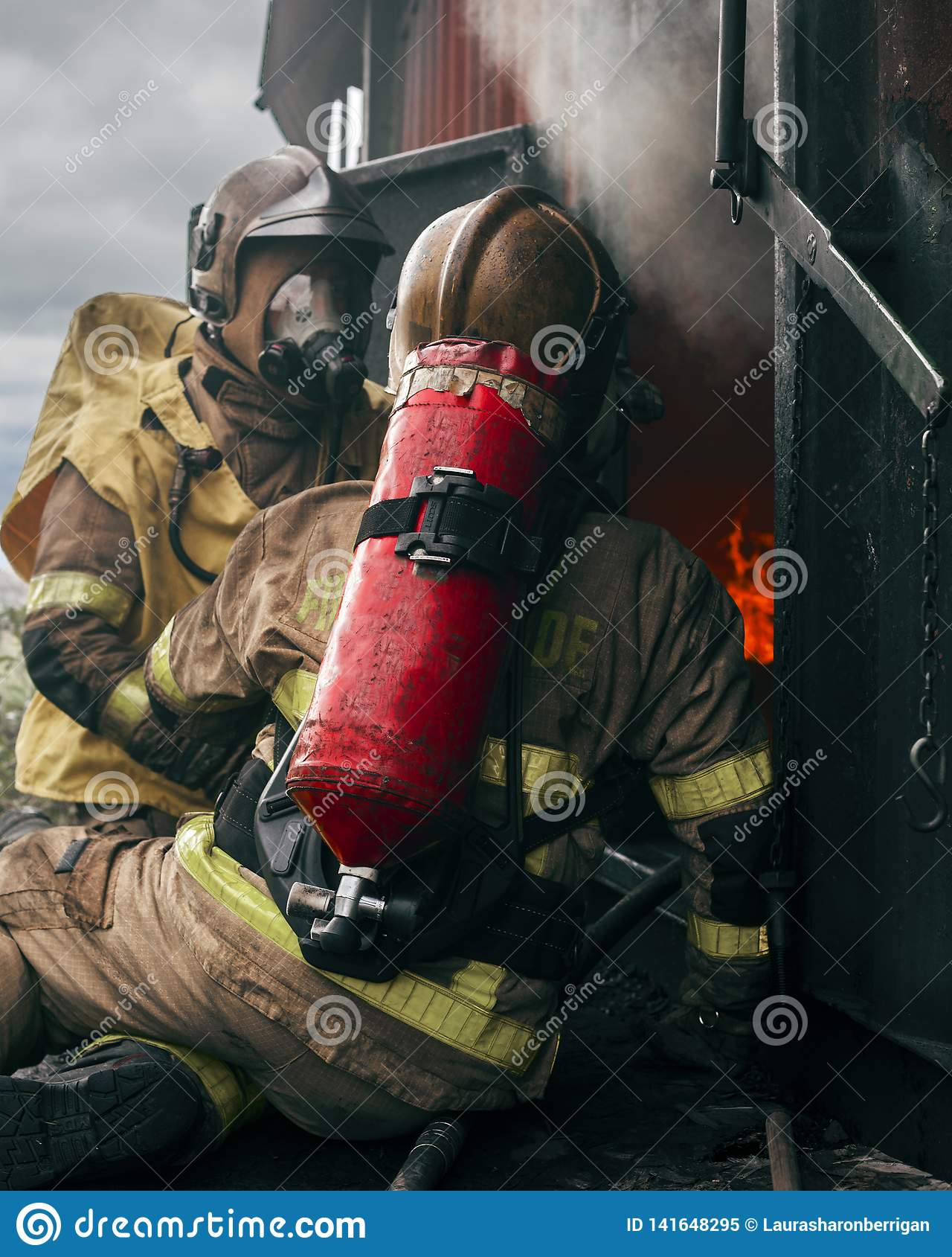 how to become a fireman in ireland