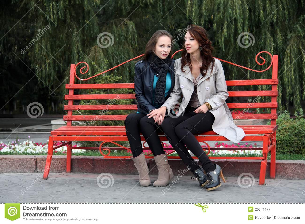 Two Girls In Park Stock Image Image Of Leisure Casual
