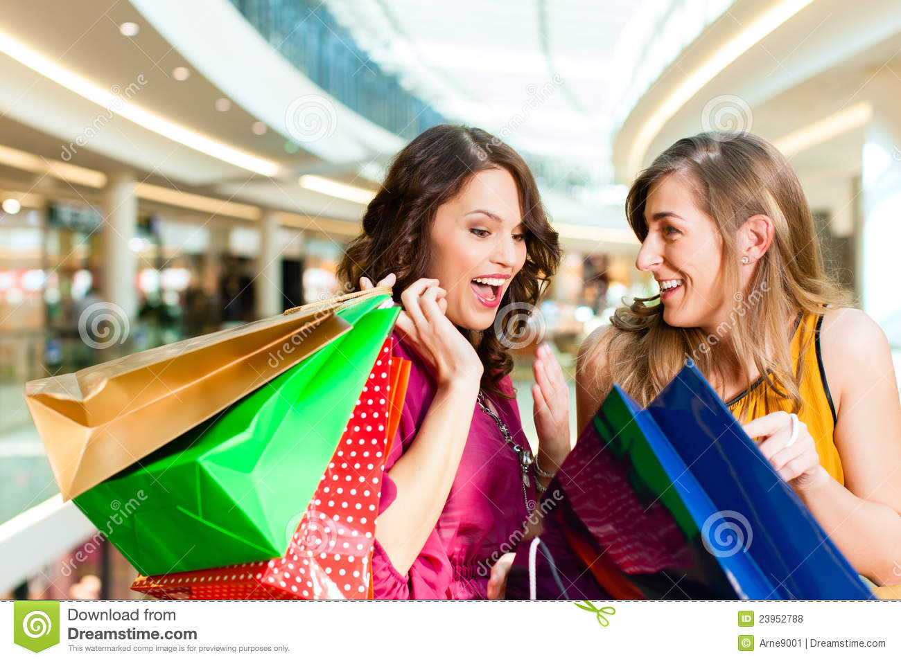 page danielle shopping with best friend