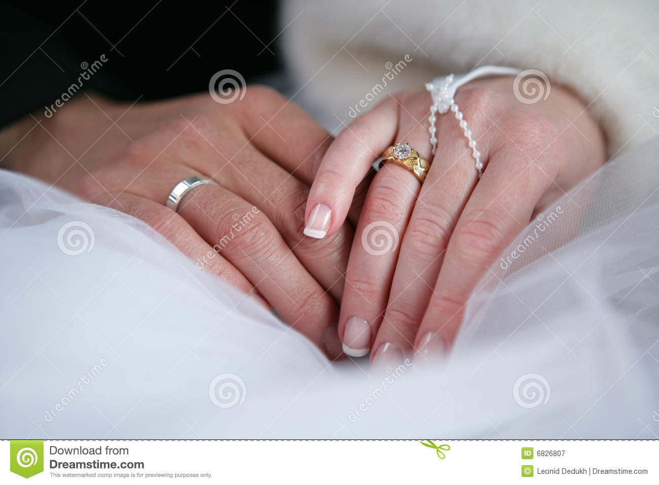 two hands wedding rings royalty free stock photography